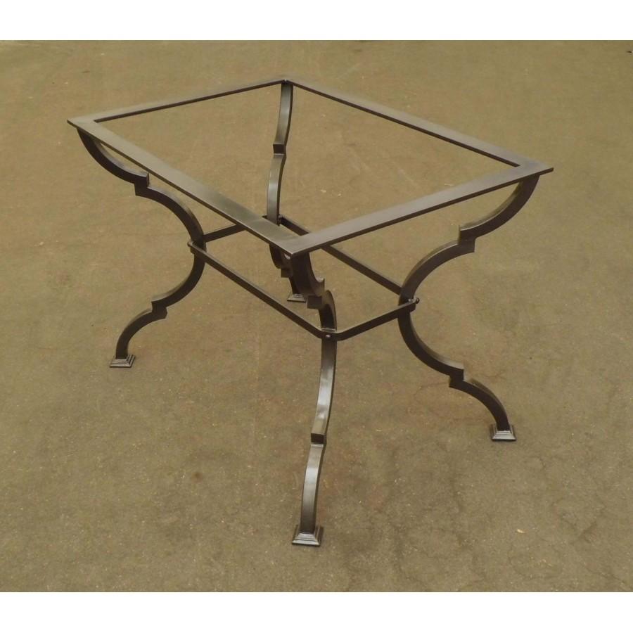 Tavolino in FERRO BATTUTO . Realizzazioni Personalizzate . 657