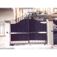 Wrought Iron Driveway Gate. Personalised Executions. 054