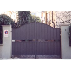Wrought Iron Driveway Gate. Personalised Executions. 055