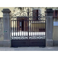 Wrought Iron Driveway Gate. Personalised Executions. 058