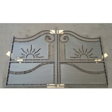 Driveway Gate in Iron Design with laser cutting . Personalised Executions. 1516