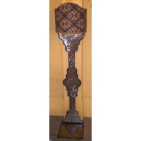 Wrought Iron Floor Lamp. Size approx. 40 x 190  cm . 488